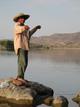 Rubén Huerto. Pescador, instantes después de tirar el anzuelo. Río Balsas, Zirándaro, Mich.
